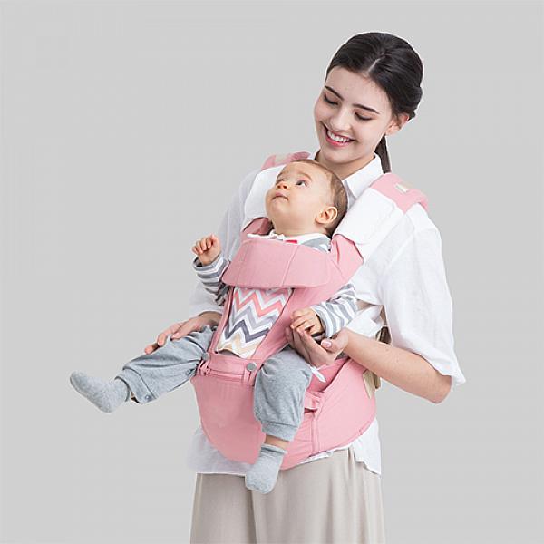 Эрго рюкзак + Хипсит Fresh Shine Premium Organic ФламингоДля мам<br>&amp;lt;p&amp;gt;Вы &amp;amp;ndash; активная мама, много передвигаетесь по дому или на улице, и при этом для вас важна постоянная связь с малышом, удобство и здоровая спина? Ух! Сложный запрос! Но у нас есть твердый ответ &amp;amp;ndash; &amp;lt;strong&amp;gt;Эрго рюкзак + Хипсит Fresh Shine Premium Organic&amp;lt;/strong&amp;gt;.&amp;lt;/p&amp;gt;<br><br>&amp;lt;p&amp;gt;Это многофункциональный слинг&amp;amp;nbsp;для малыша, предназначенный&amp;amp;nbsp;&amp;lt;strong&amp;gt;для активных родителей, ценящих натуральные ткани&amp;lt;/strong&amp;gt;, а также красивый дизайн. Хипсит и рюкзак сделаны из &amp;lt;strong&amp;gt;100% дышащего хлопка.&amp;amp;nbsp;&amp;lt;/strong&amp;gt;&amp;lt;/p&amp;gt;<br><br>&amp;lt;p&amp;gt;Эрго-рюкзак + Хипсит Fresh Shine Premium Organic создан &amp;lt;strong&amp;gt;для малышей с рождения до 3-х лет&amp;lt;/strong&amp;gt; (до 20 кг). По мере роста малыша вы сможете использовать ваш рюкзак-хипсит по-разному в зависимости от ситуации и возраста малыша. Без преувеличения, это &amp;lt;strong&amp;gt;самое функциональное и гибкое решение&amp;lt;/strong&amp;gt; среди всех слингов и рюкзаков, которое есть сегодня на рынке! По оптимальной цене.&amp;lt;/p&amp;gt;<br><br>&amp;lt;p&amp;gt;&amp;lt;strong&amp;gt;Характеристики:&amp;lt;/strong&amp;gt;&amp;lt;/p&amp;gt;<br><br>&amp;lt;ol&amp;gt;<br>&amp;lt;li&amp;gt;Хипсит полностью сшит из&amp;amp;nbsp;&amp;lt;strong&amp;gt;100% хлопка&amp;lt;/strong&amp;gt;,&amp;amp;nbsp;отлично дышит летом и в закрытом помещении!&amp;lt;/li&amp;gt;<br>&amp;lt;li&amp;gt;Мягкий подголовник обеспечивает дополнительную поддержку головы малыша.&amp;lt;/li&amp;gt;<br>&amp;lt;li&amp;gt;Двусторонняя вставка на спинке -&amp;amp;nbsp;&amp;lt;strong&amp;gt;в модном цвете и однотонная&amp;lt;/strong&amp;gt;, меняйте, как захотите!&amp;lt;/li&amp;gt;<br>&amp;lt;li&amp;gt;Сеточка на спинке &amp;lt;strong&amp;gt;для жаркой погоды&amp;lt;/strong&amp;gt;. На ваш вы
