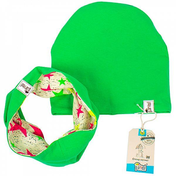 Шапка и снуд детские GlorYes! двусторонние Цветные звезды р.50-52Шапки и снуды<br>&amp;lt;p&amp;gt;Двусторонний комплект из шапочки и снуда из качественного и нежного трикотажа позволит создать необычный имидж для вашего любимого малыша. Выбирая для малыша один комплект, вы получаете целых &amp;lt;strong&amp;gt;четыре варианта нового образа&amp;lt;/strong&amp;gt; благодаря двухстороннему покрою. Новый день &amp;amp;ndash; новое настроение, а, значит, и новый наряд для вашего малыша!&amp;lt;/p&amp;gt;<br><br>&amp;lt;p&amp;gt;Шапочка и снуд подойдут для ношения весной, осенью и в прохладные дни лета.&amp;lt;/p&amp;gt;<br><br>&amp;lt;p&amp;gt;&amp;lt;strong&amp;gt;Как ухаживать?&amp;lt;/strong&amp;gt;&amp;lt;br /&amp;gt;<br>1) ручная стирка при температуре не выше 40&amp;amp;deg;С&amp;lt;br /&amp;gt;<br>2) разрешено гладить&amp;lt;/p&amp;gt;<br><br>&amp;lt;p&amp;gt;&amp;lt;strong&amp;gt;Размер: &amp;lt;/strong&amp;gt;на охват головы 50-52 см.&amp;lt;/p&amp;gt;<br><br>&amp;lt;p&amp;gt;&amp;lt;strong&amp;gt;Состав:&amp;lt;/strong&amp;gt;&amp;amp;nbsp;94% хлопок, 4% лайкра, 2% эластан.&amp;lt;/p&amp;gt;<br>