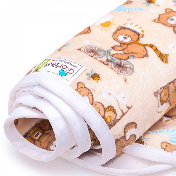 Непромокаемая пеленка GlorYes! Медвежонок 80х68 смНепромокаемые пеленки<br>&amp;lt;p&amp;gt;Непромокаемая пеленка GlorYes! поможет вам каждый день&amp;lt;strong&amp;gt; во время кормления малыша&amp;lt;/strong&amp;gt; и &amp;lt;strong&amp;gt;переодевания одежды и подгузников&amp;lt;/strong&amp;gt;. Мягкая и дышащая, она будет комфортной для ребенка и защитит от протечек мебель и одежду.&amp;lt;/p&amp;gt;<br> <br> &amp;lt;p&amp;gt;В отличие от старого способа &amp;amp;laquo;клеенка + пеленка&amp;amp;raquo;, непромокаемая пеленка имеет один слой, и ваш малыш не окажется на холодной и мокрой клеенке. Она легкая и необъемная, поэтому ее очень удобно захватить с собой в больницу, на массаж, в автокресло и т.д.&amp;lt;/p&amp;gt;<br> <br> &amp;lt;p&amp;gt;- &amp;lt;strong&amp;gt;ткань:&amp;lt;/strong&amp;gt; непромокаемый и дышащий слой (PUL) с мягкой плюшевой поверхностью&amp;lt;br /&amp;gt;<br> - &amp;lt;strong&amp;gt;не пропускает влагу&amp;lt;/strong&amp;gt;: кровати и диваны надежно защищены&amp;lt;br /&amp;gt;<br> - &amp;lt;strong&amp;gt;дышит&amp;lt;/strong&amp;gt;: кожа ребенка не преет, малыш не потеет&amp;lt;br /&amp;gt;<br> - &amp;lt;strong&amp;gt;легко стирается&amp;lt;/strong&amp;gt; и быстро сохнет&amp;lt;br /&amp;gt;<br> - &amp;lt;strong&amp;gt;выдерживает более 2000 стирок&amp;lt;/strong&amp;gt;,&amp;amp;nbsp;не линяет и не теряет яркости&amp;lt;br /&amp;gt;<br> - &amp;lt;strong&amp;gt;используйте &amp;lt;/strong&amp;gt;для подстраховки при переодевании подгузника, при кормлении, срыгиваниях, в качестве коврика. Постелите в коляску, автокресло, положите на развивающий коврик, в кроватку и на пеленальный столик&amp;lt;br /&amp;gt;<br> - &amp;lt;strong&amp;gt;необъемная&amp;lt;/strong&amp;gt;: удобно брать с собой&amp;lt;br /&amp;gt;<br> - в течение дня ее можно протереть и продолжить использовать снова&amp;lt;br /&amp;gt;<br> - &amp;lt;strong&amp;gt;размер&amp;lt;/strong&amp;gt;: 80х68 см&amp;lt;/p&amp;gt;<br> <br> &amp;lt;p&amp;gt;&amp;lt;strong&amp;gt;Как 