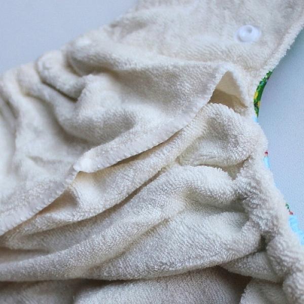 Купить Многоразовый подгузник GlorYes! для приучения к горшку Звезды на зеленом 3-15 кг + два вкладыша, GlorYes!